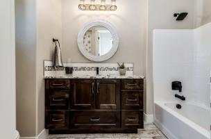 032_Bathroom-
