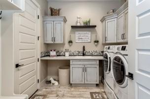 035_Laundry-
