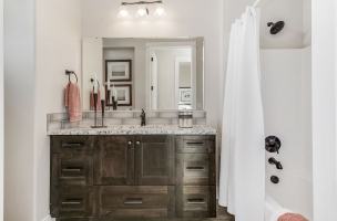 037_Bathroom-