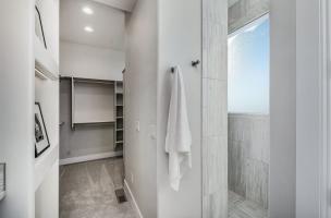 048_Bathroom-