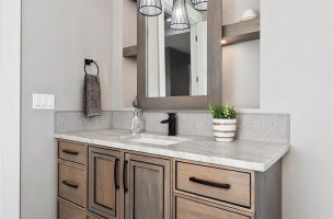 036-Master-Bathroom